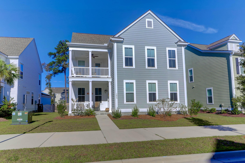 1825 Grovehurst Drive Charleston, SC 29414