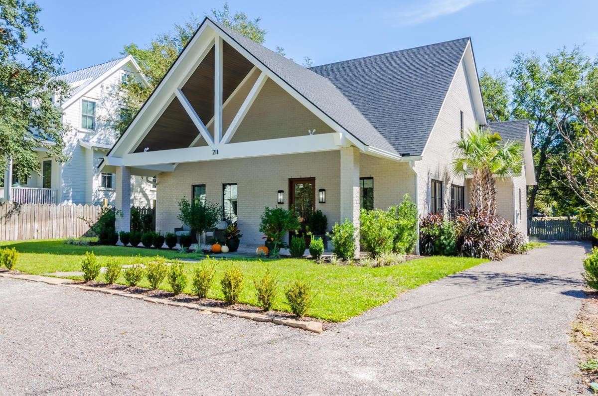Old Village Homes For Sale - 211 Freeman, Mount Pleasant, SC - 19