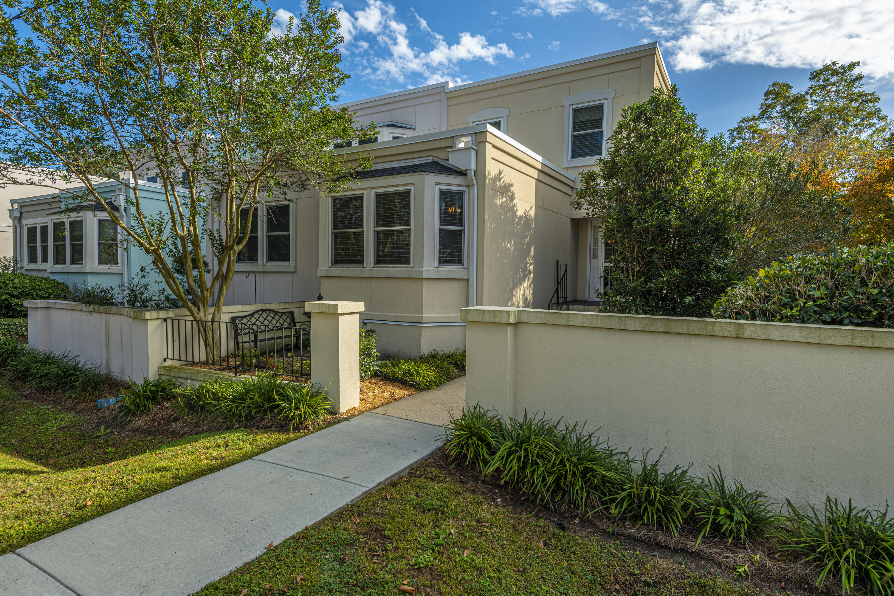 842 Colony Drive Charleston, SC 29407