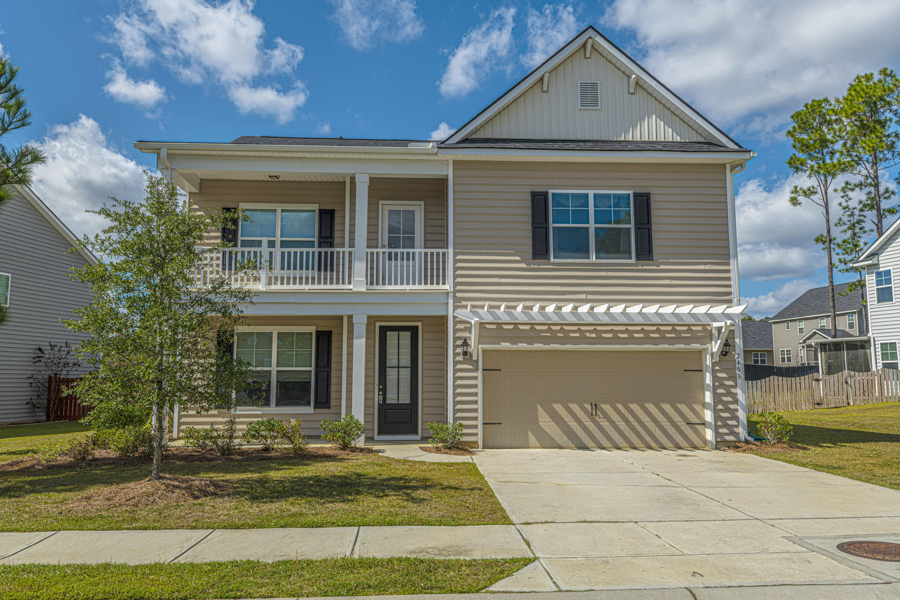 2403 Hummingbird Lane Summerville, SC 29483