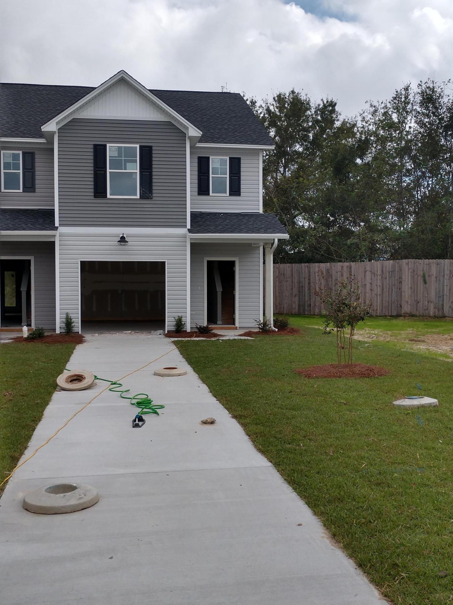 208 Buchanan Circle Goose Creek, SC 29445