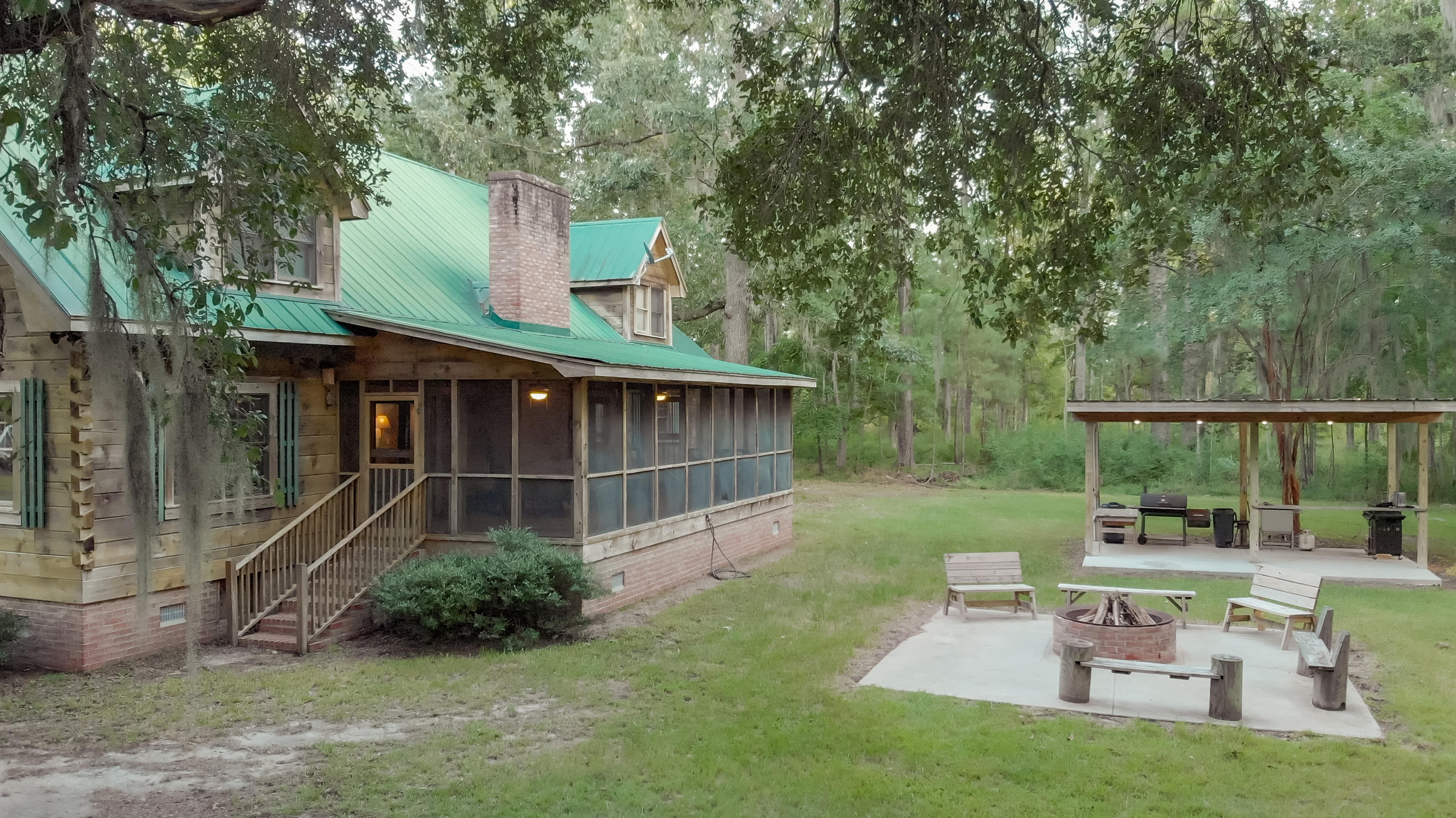 5345 Parkers Ferry Road Adams Run, SC 29426