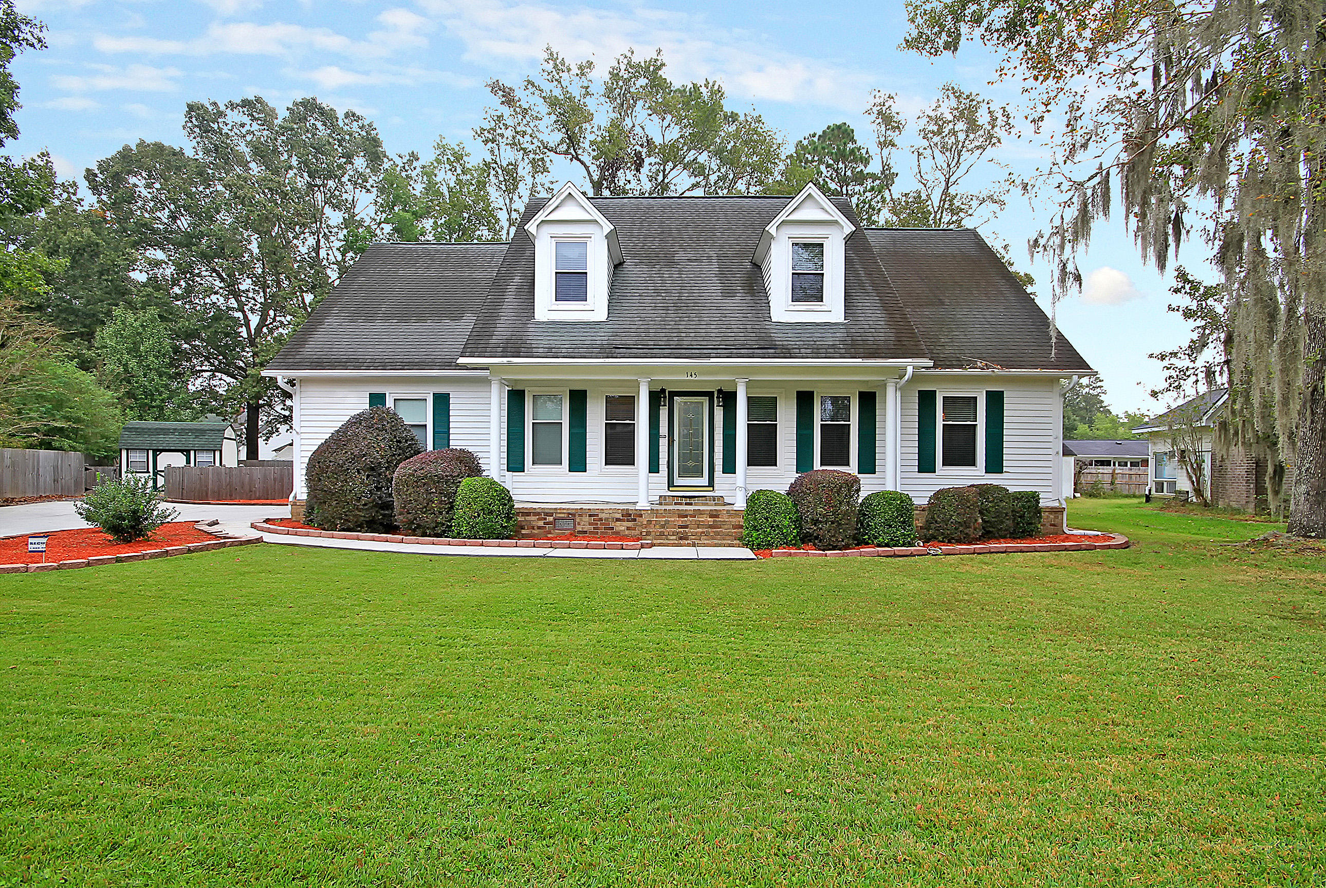 145 Palmetto Bluff Drive North Charleston, SC 29418