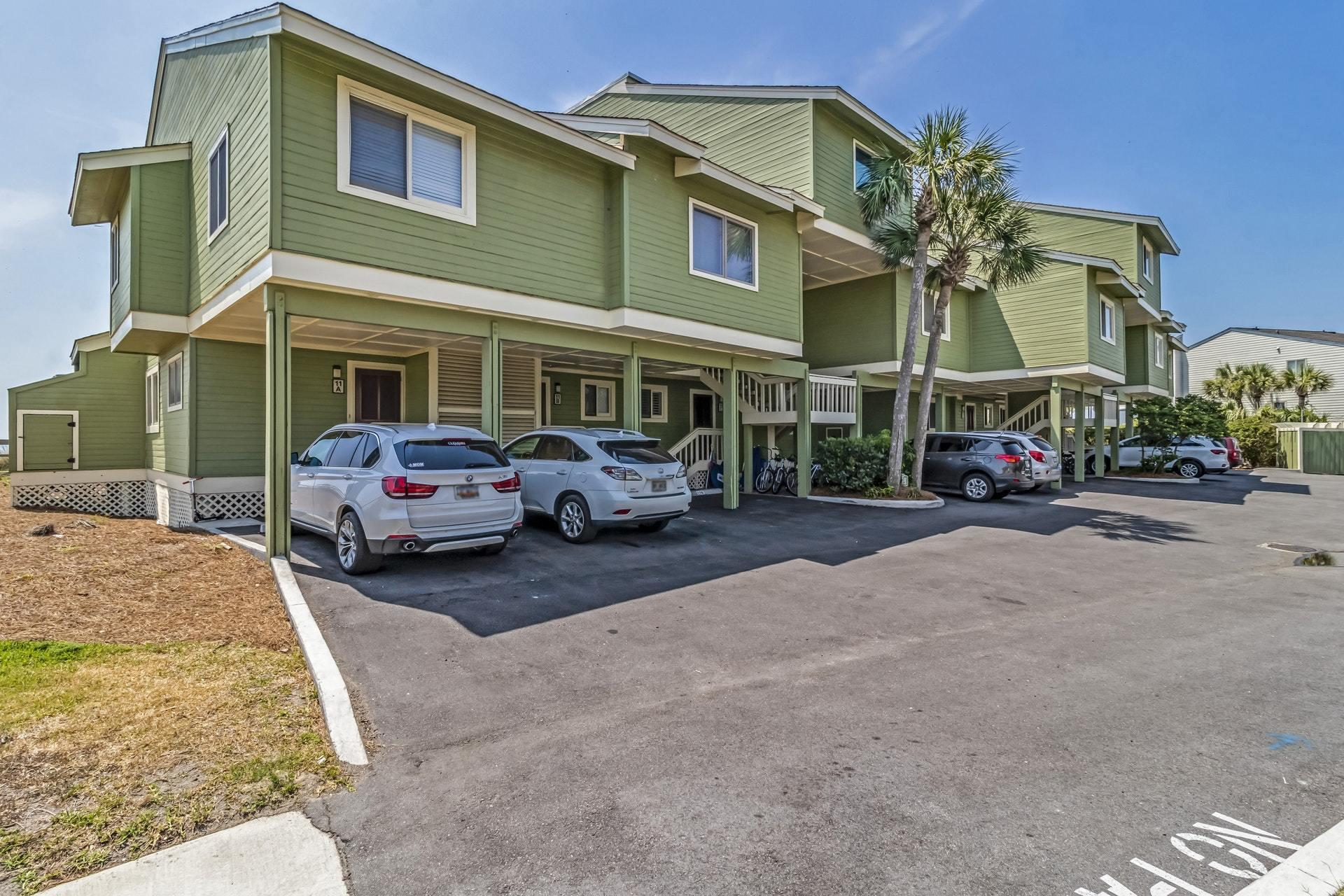 11 F Mariners Walk Isle Of Palms, SC 29451