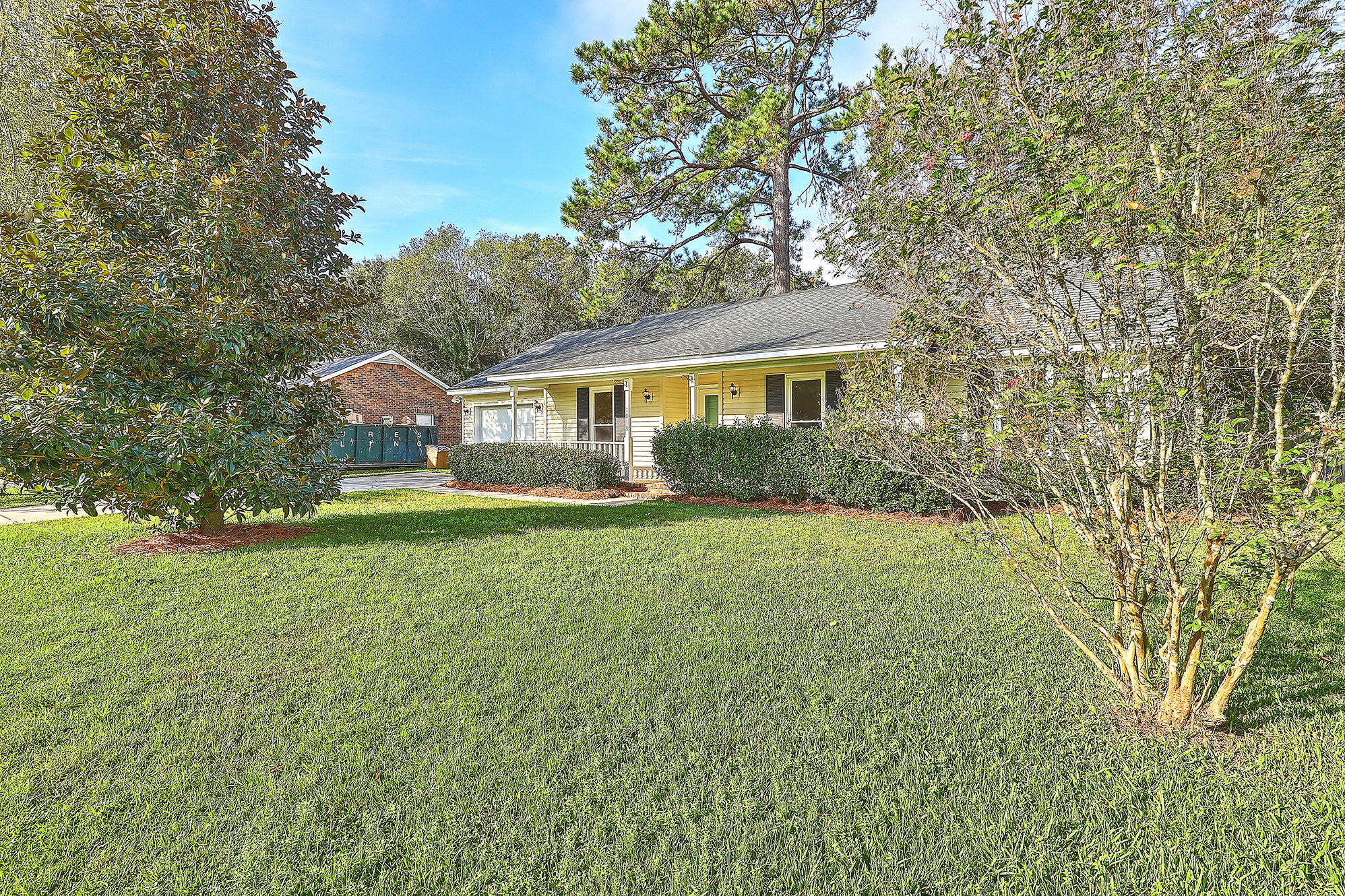 Lynwood Homes For Sale - 1019 Arborwood, Charleston, SC - 2