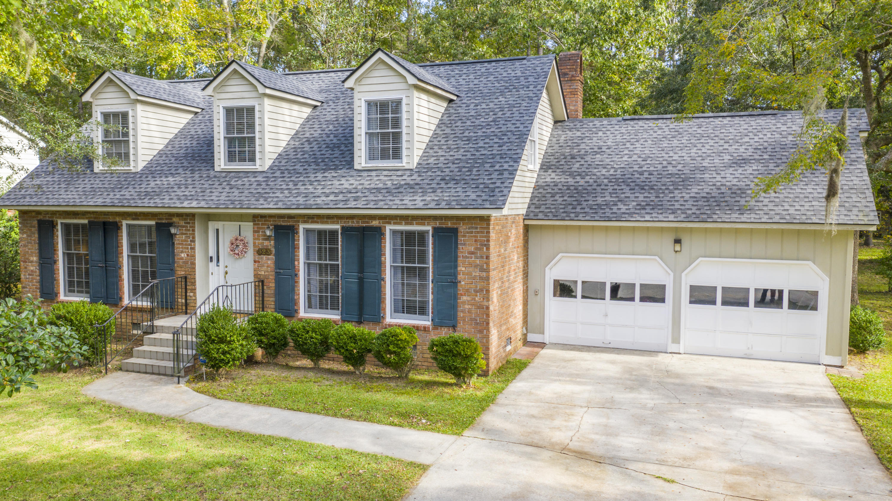 323 Shaftesbury Lane Summerville, SC 29485