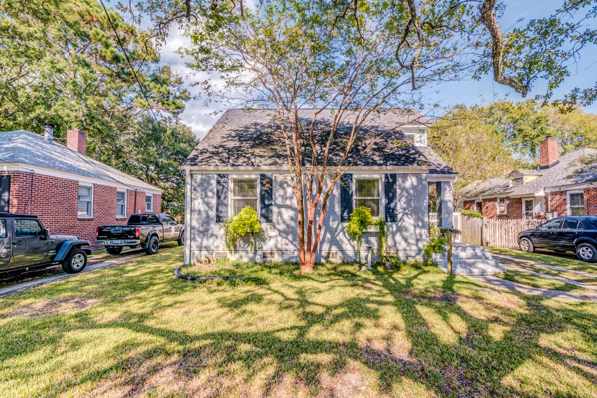 24 Yeadon Avenue Charleston, SC 29407