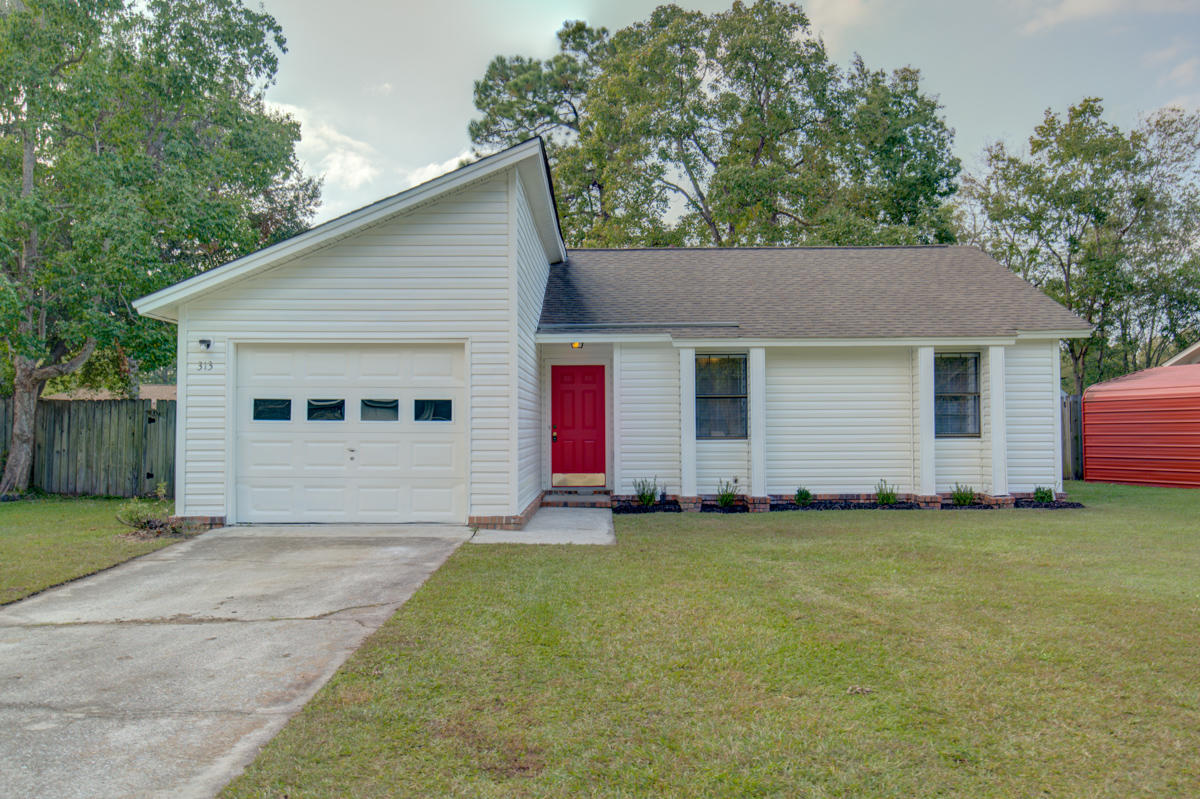 313 Village Green Circle Summerville, SC 29486
