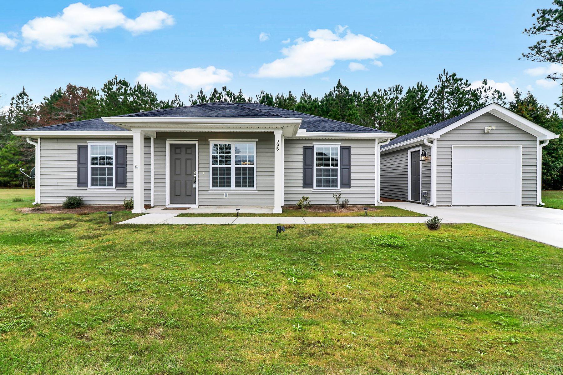 295 Ridgeland Lakes Drive Ridgeland, SC 29936