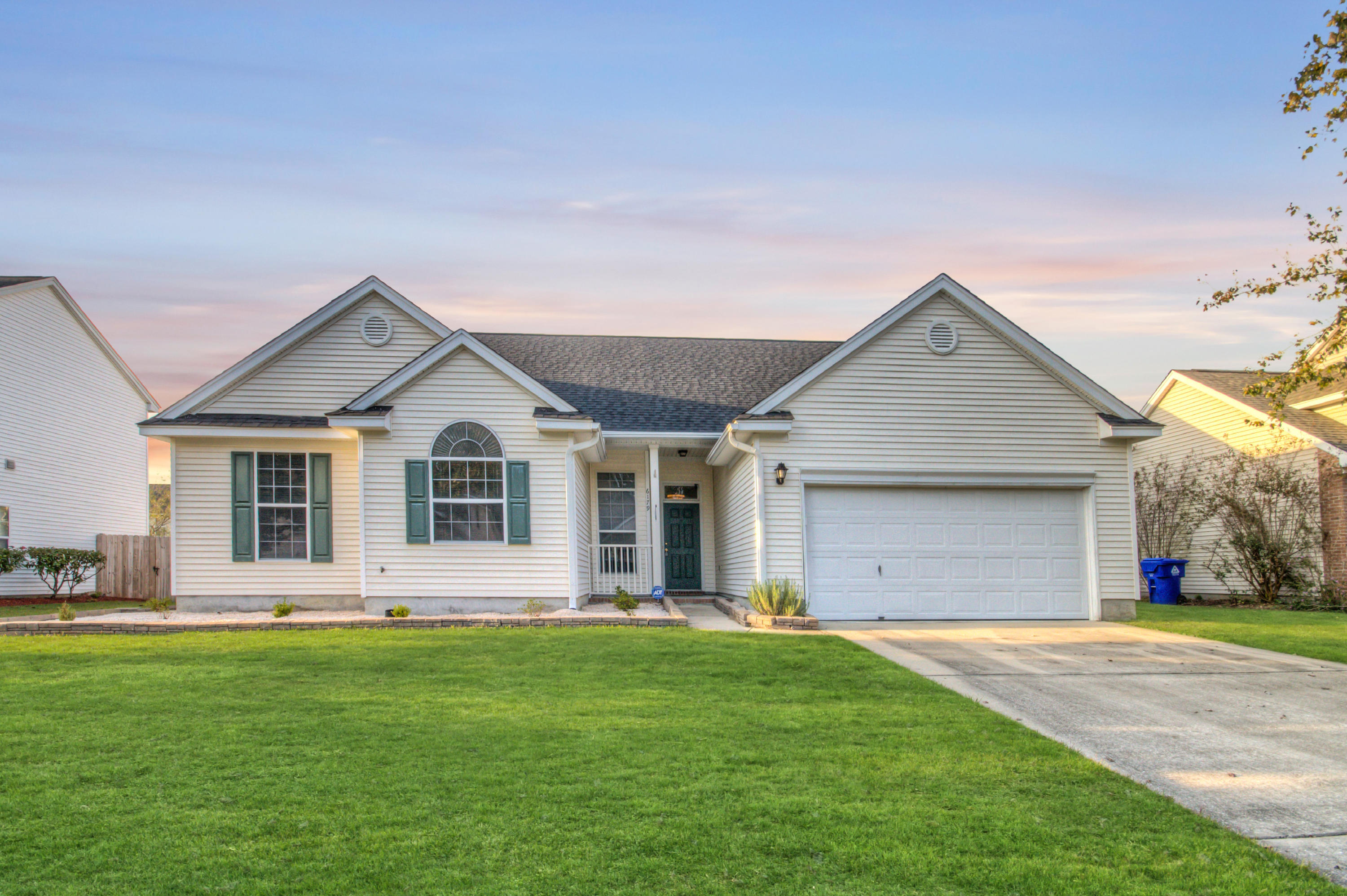 6179 Fieldstone Circle Charleston, SC 29414