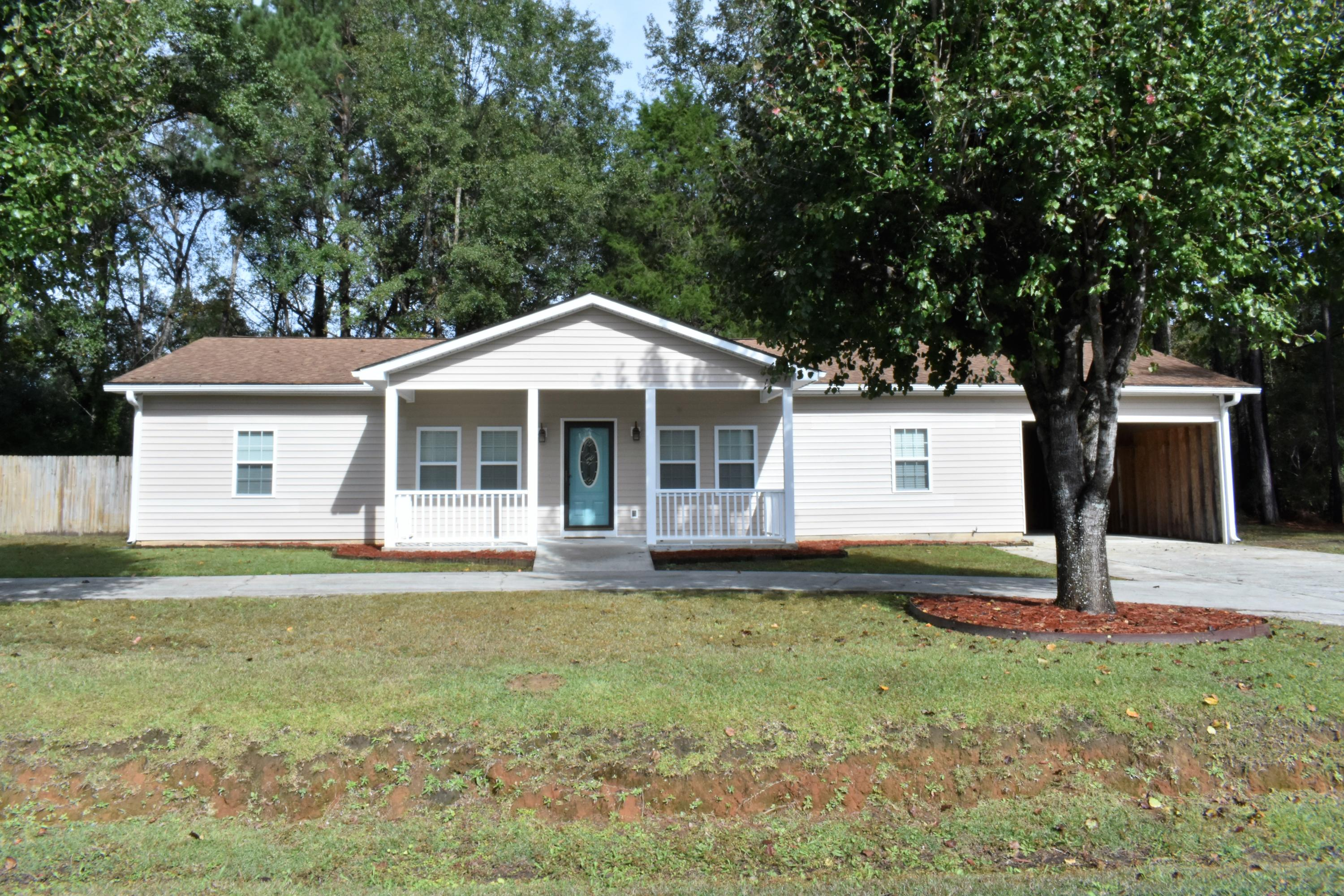 138 Old Tower Rd Road Summerville, SC 29483