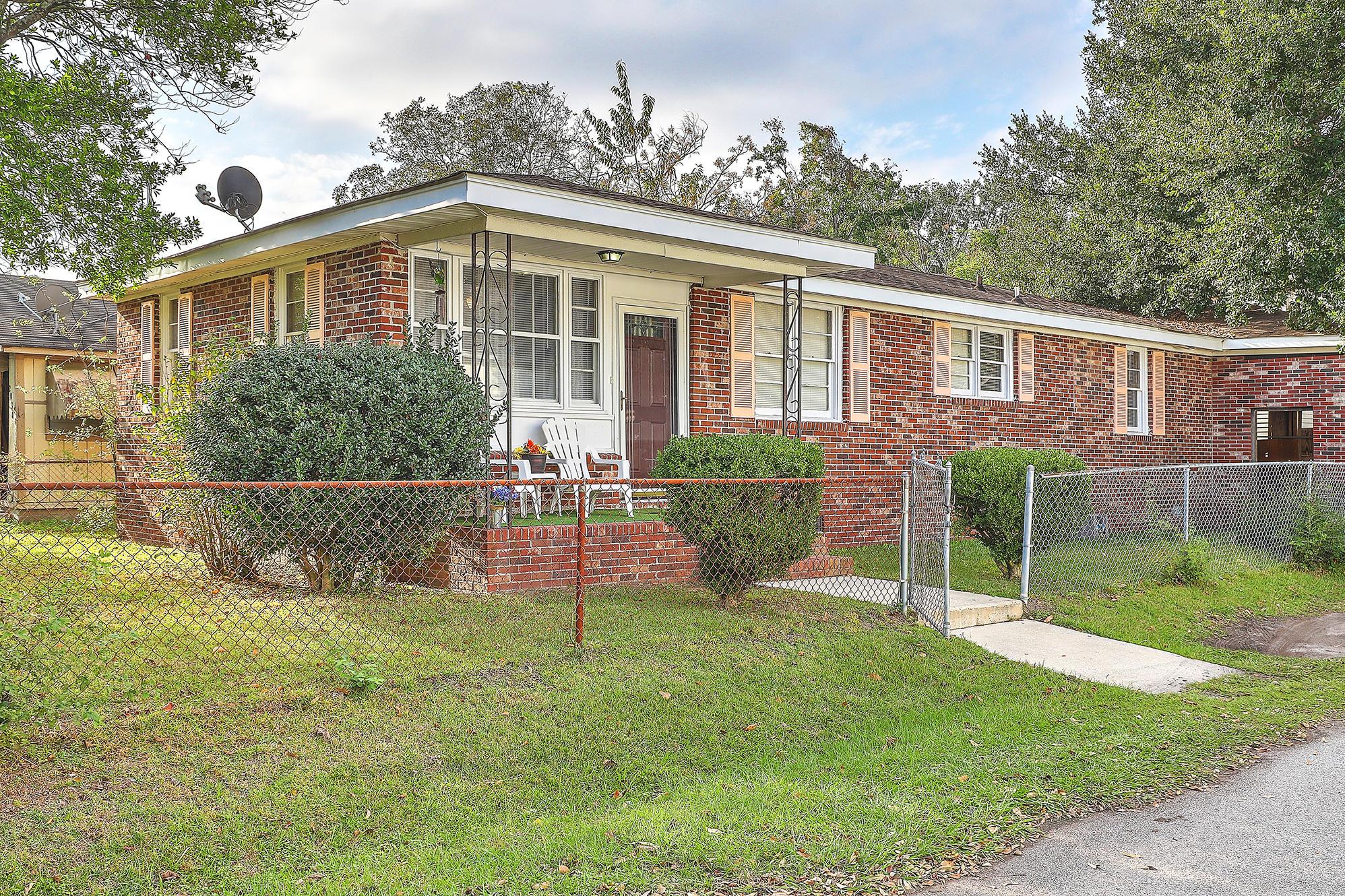 2028 Riverview Avenue North Charleston, SC 29405