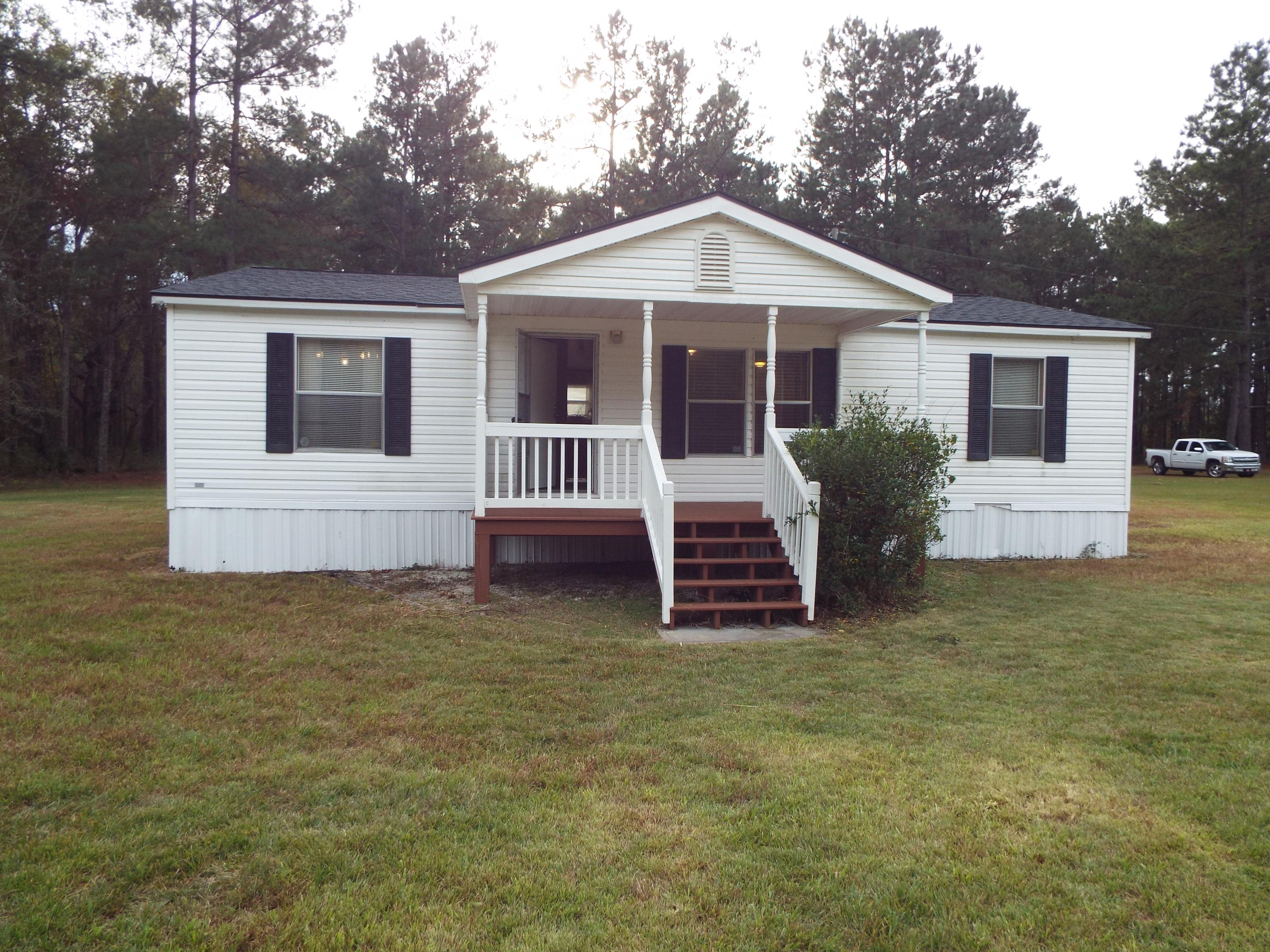 212 Seesaw Lane Cross, SC 29436