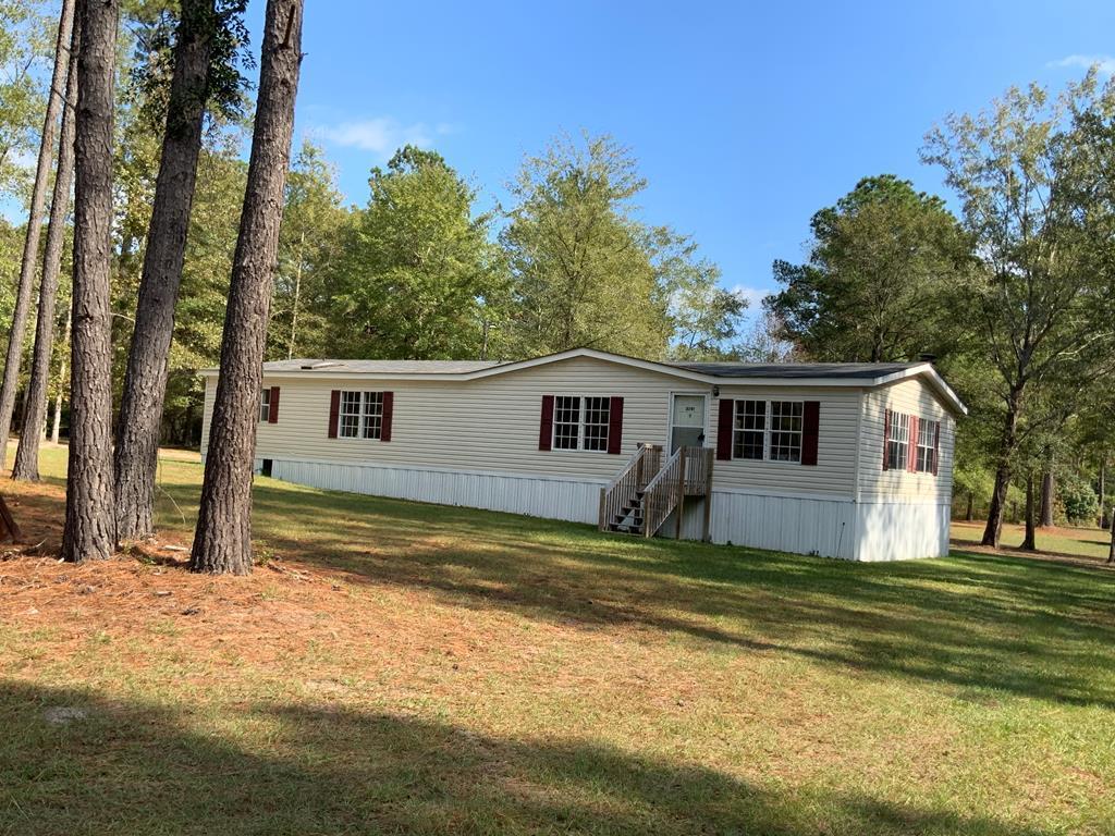 2791 Lizzie Creek Drive Summerton, SC 29148