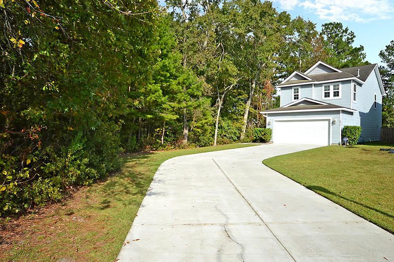 8838 Shadowglen Drive North Charleston, SC 29420