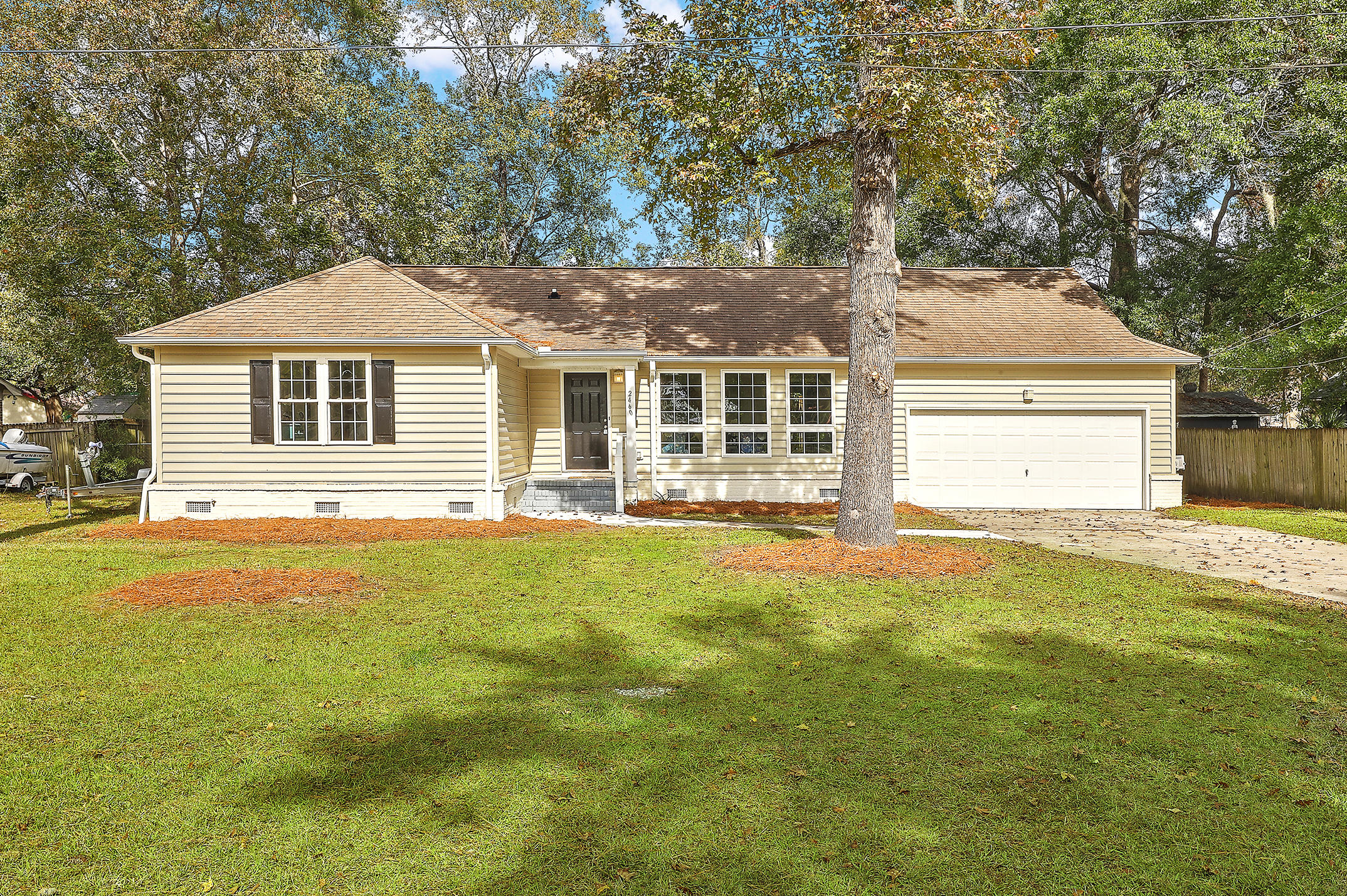 2460 Flamingo Drive Charleston, SC 29414