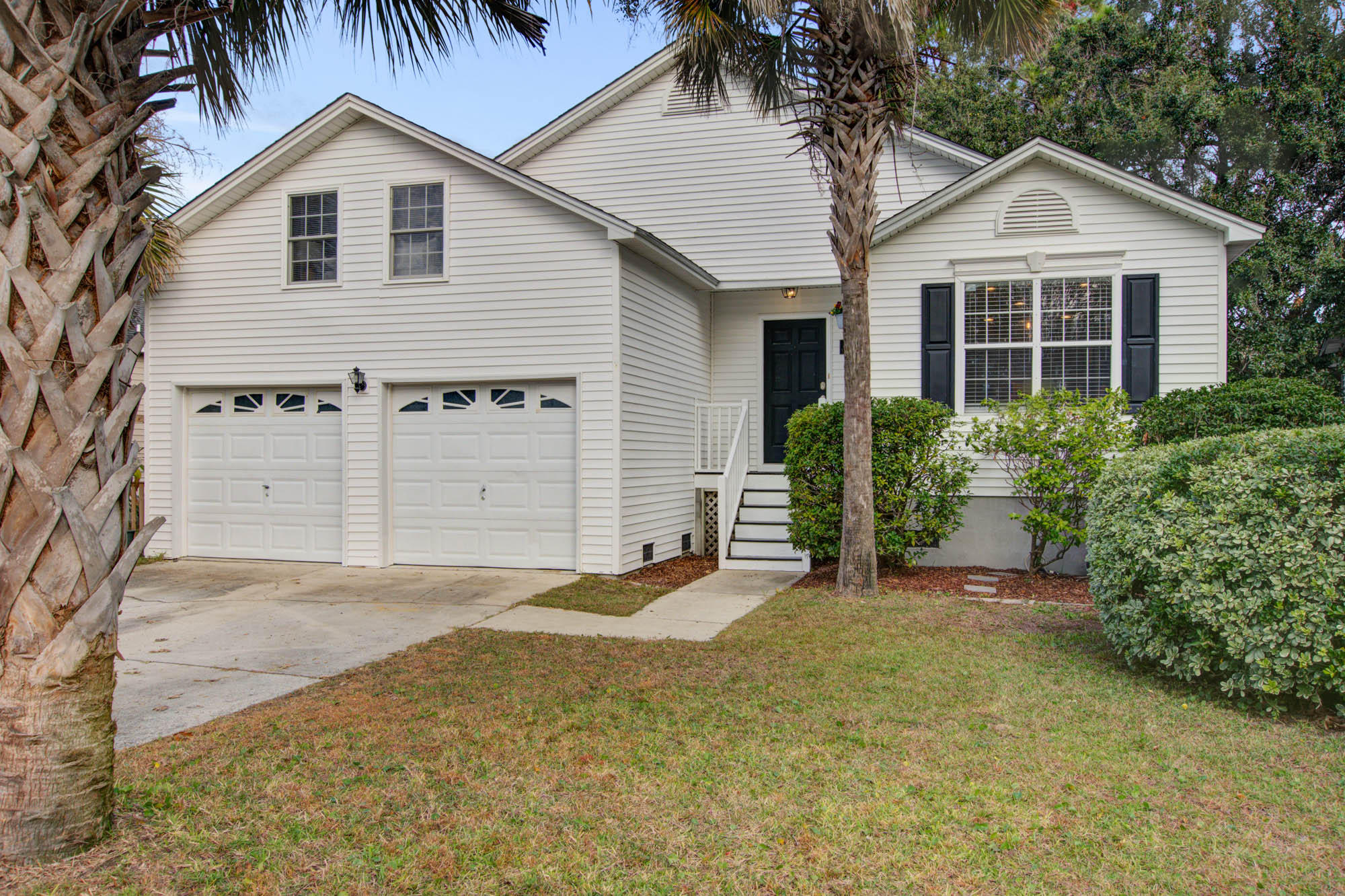 1176 Crab Walk Charleston, SC 29412