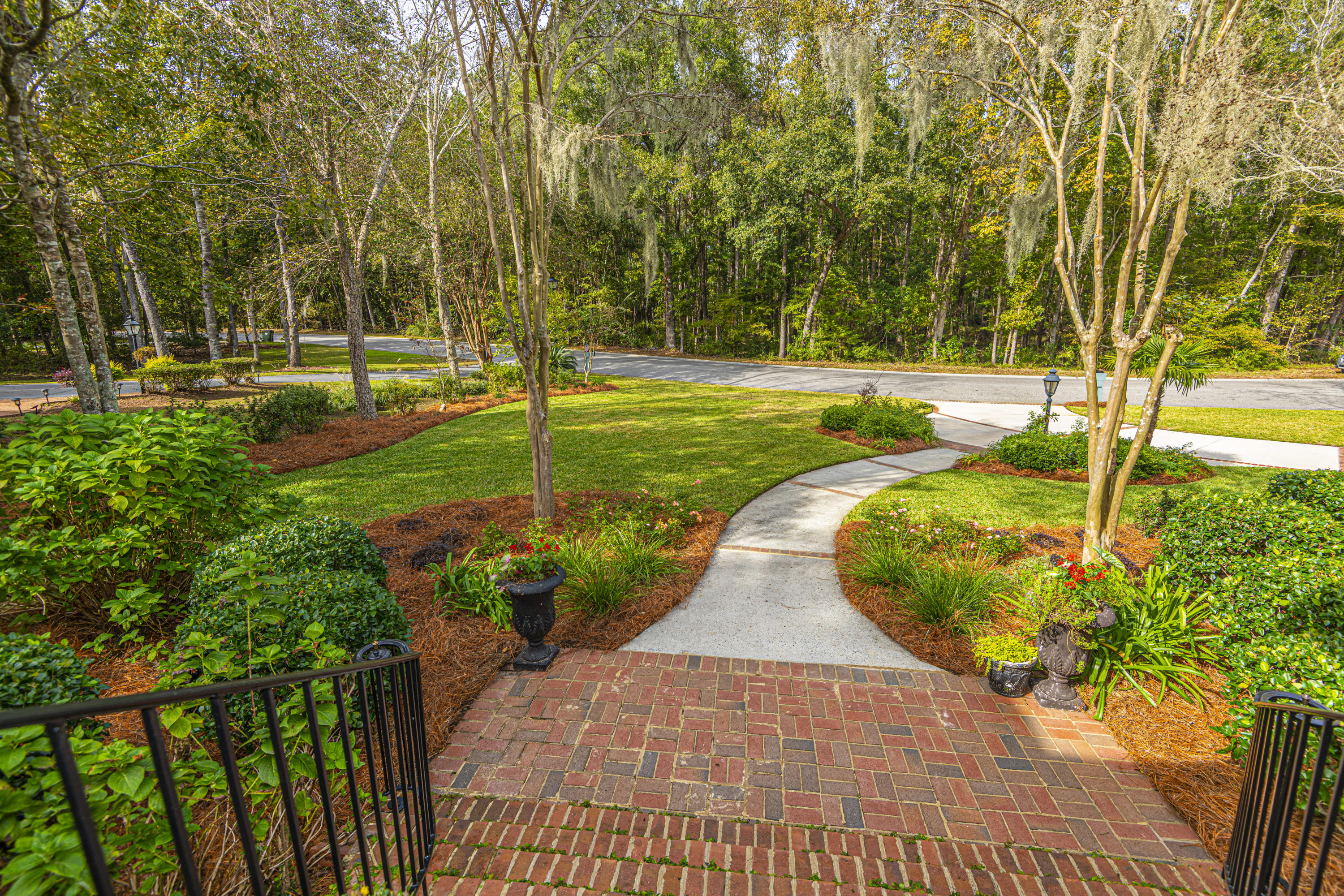 Coosaw Creek Country Club Homes For Sale - 8642 Fairway Woods, North Charleston, SC - 27
