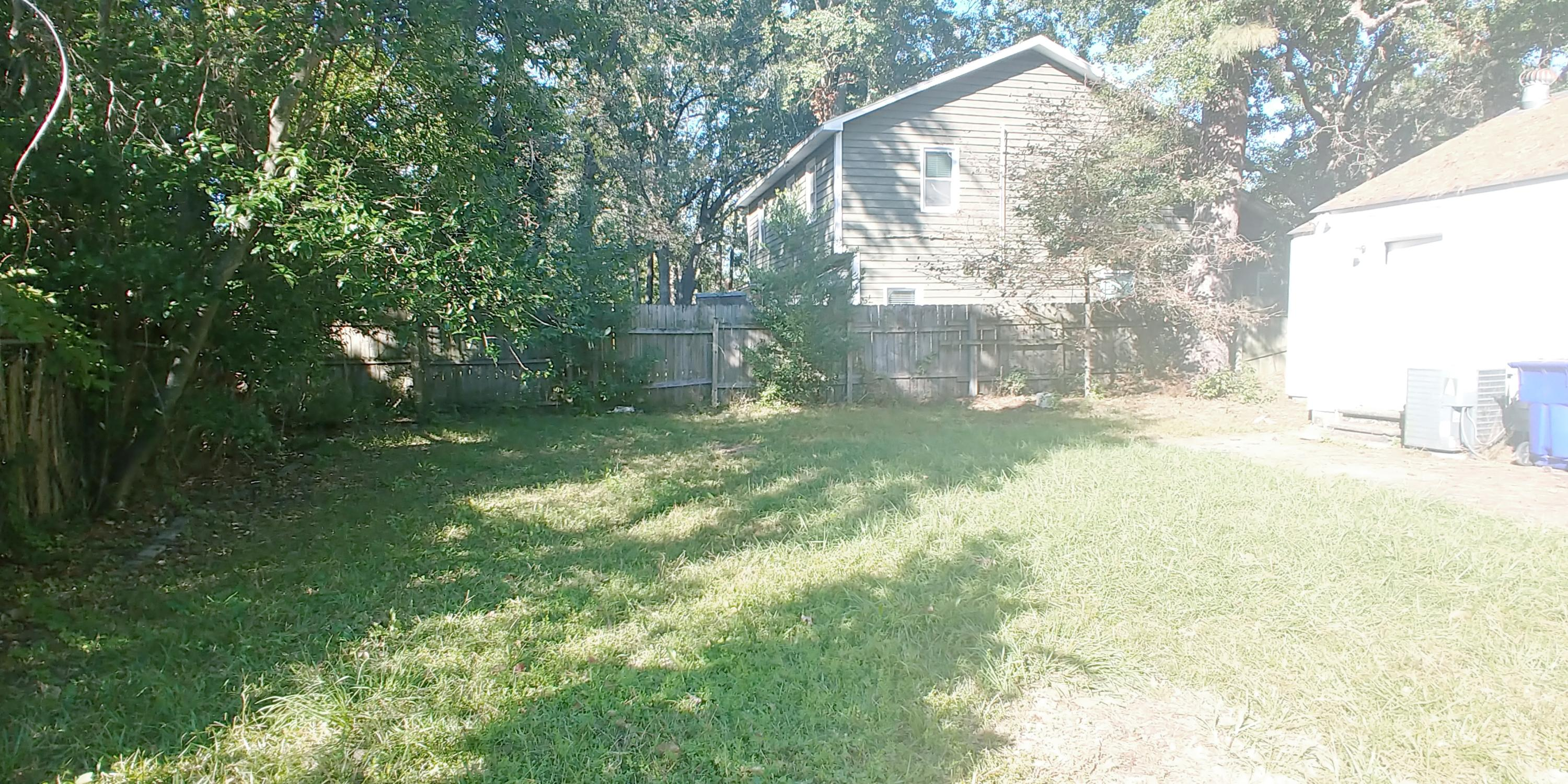 5431 Crown Avenue North Charleston, SC 29406