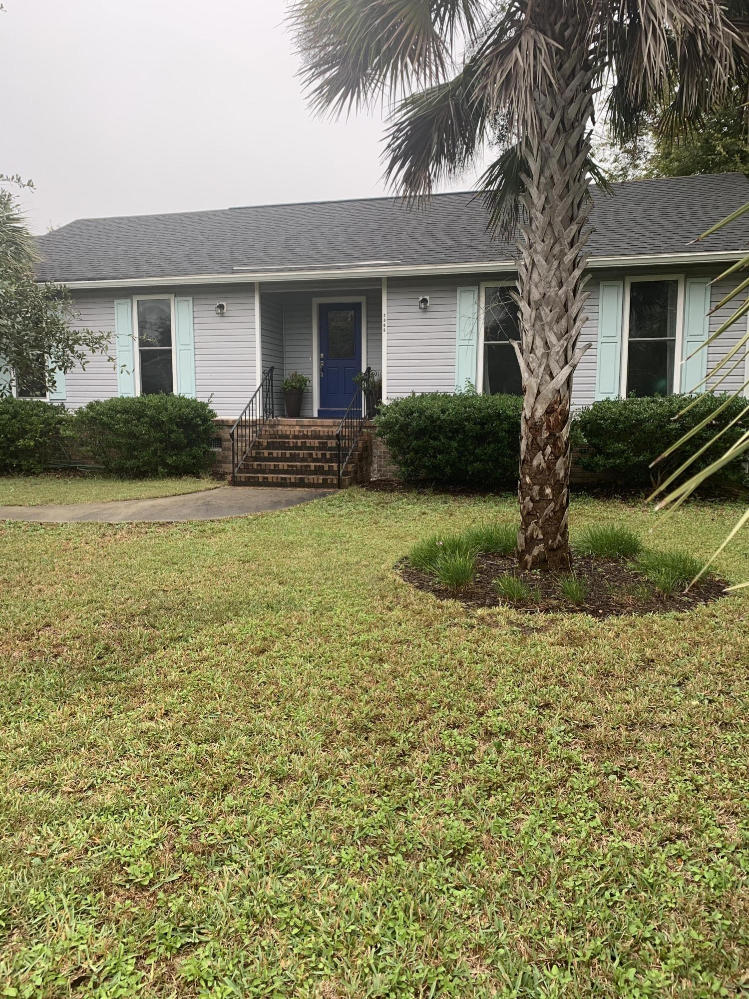 1306 Thompson Avenue Sullivans Island, SC 29482