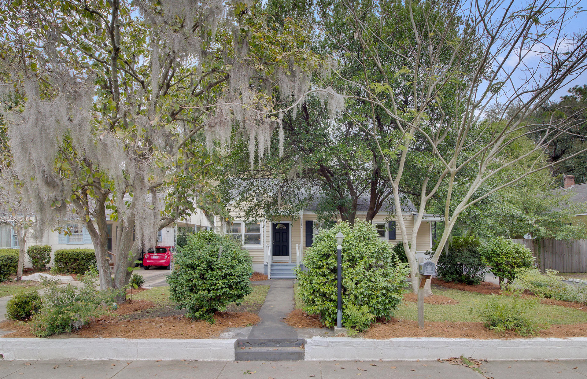1320 Bexley Street North Charleston, SC 29405