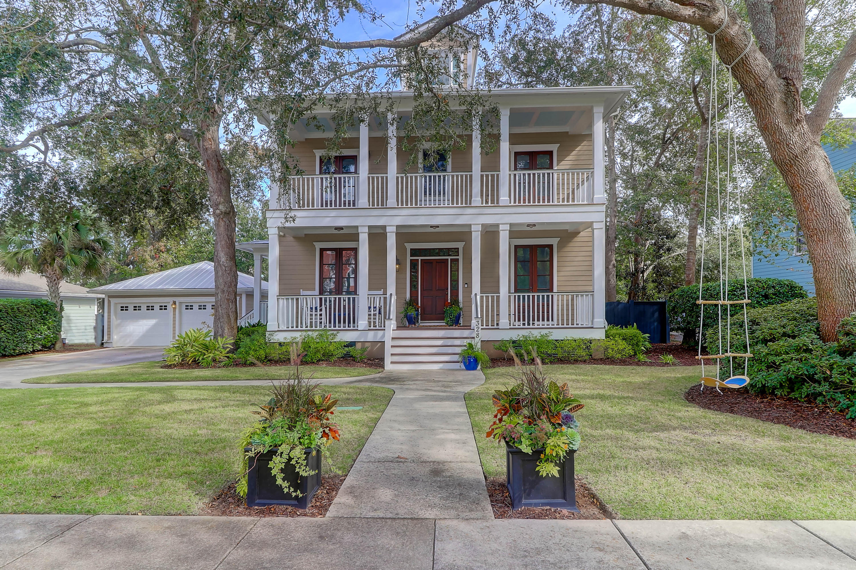328 N Civitas Street Mount Pleasant, SC 29464