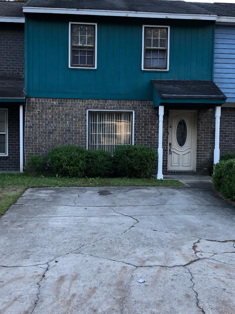 2475 Realm Street North Charleston, SC 29406