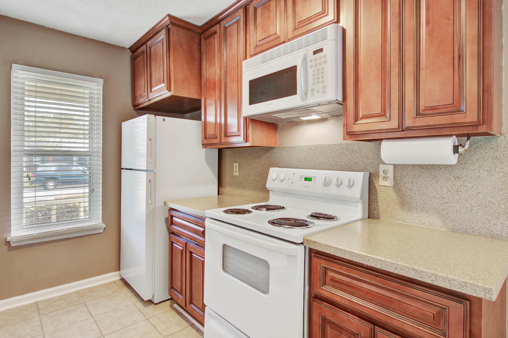 405 Erskine Street Ladson, SC 29456