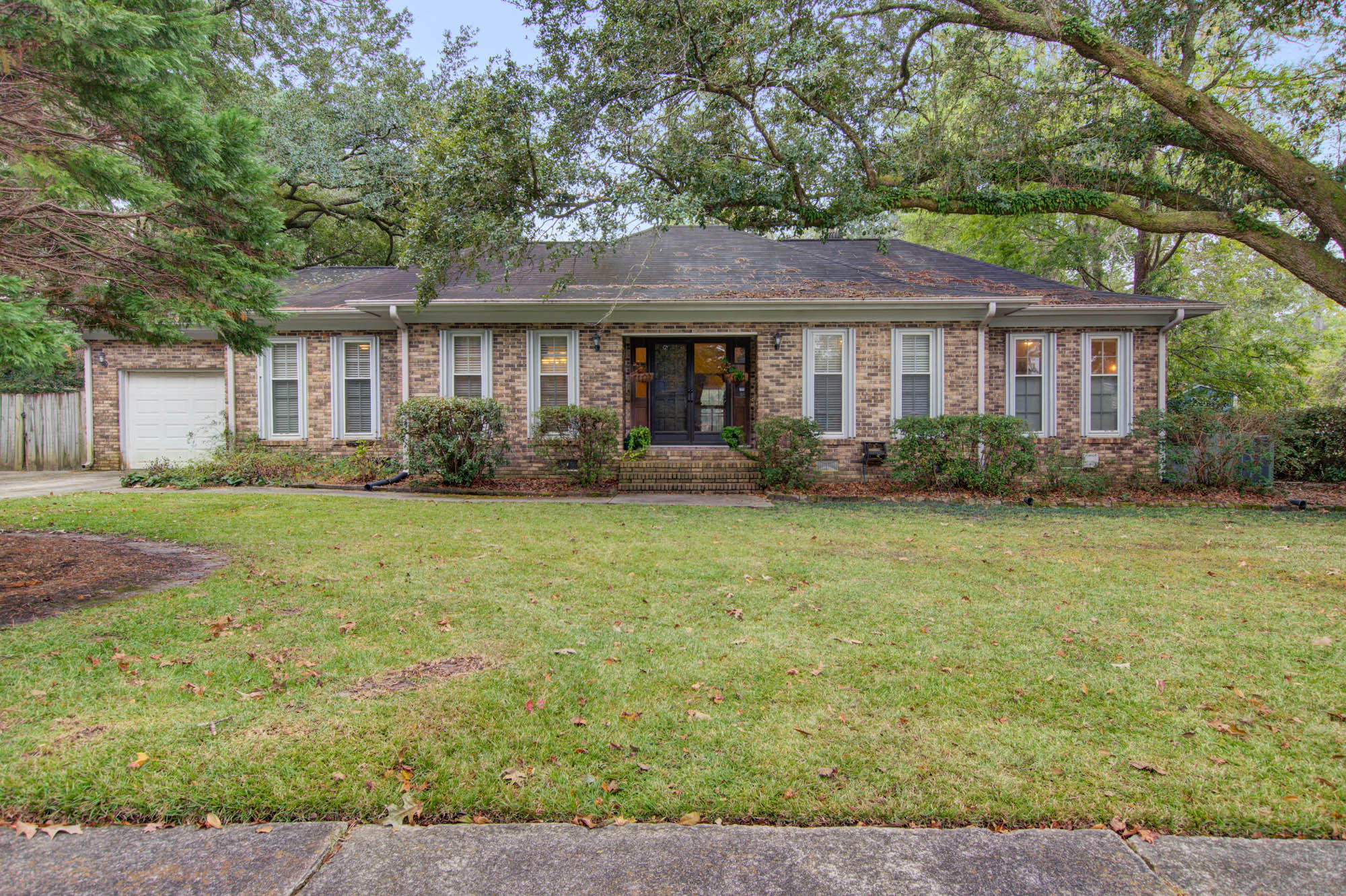 1712 Sulgrave Road Charleston, SC 29414