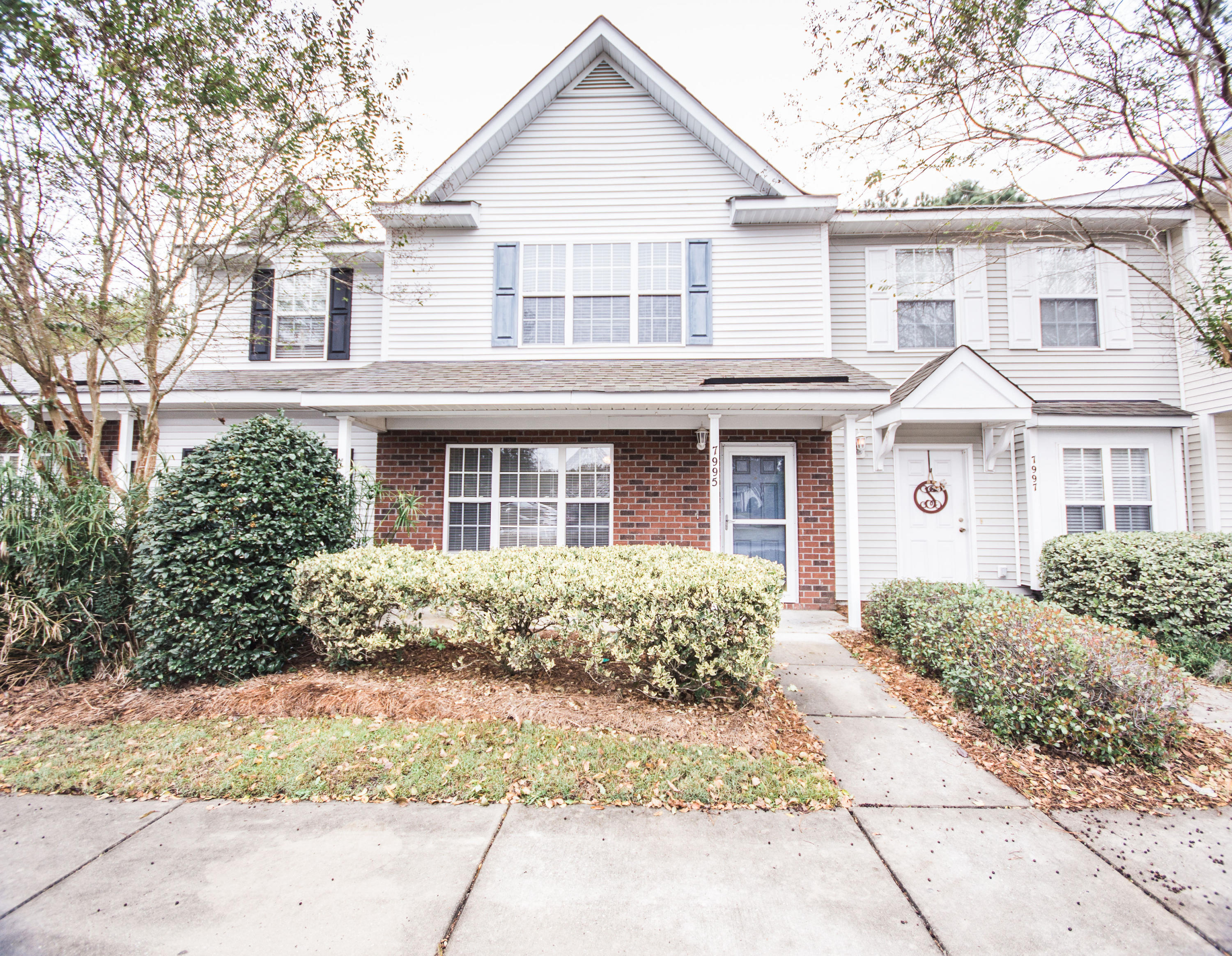 7995 Shadow Oak Drive North Charleston, SC 29406