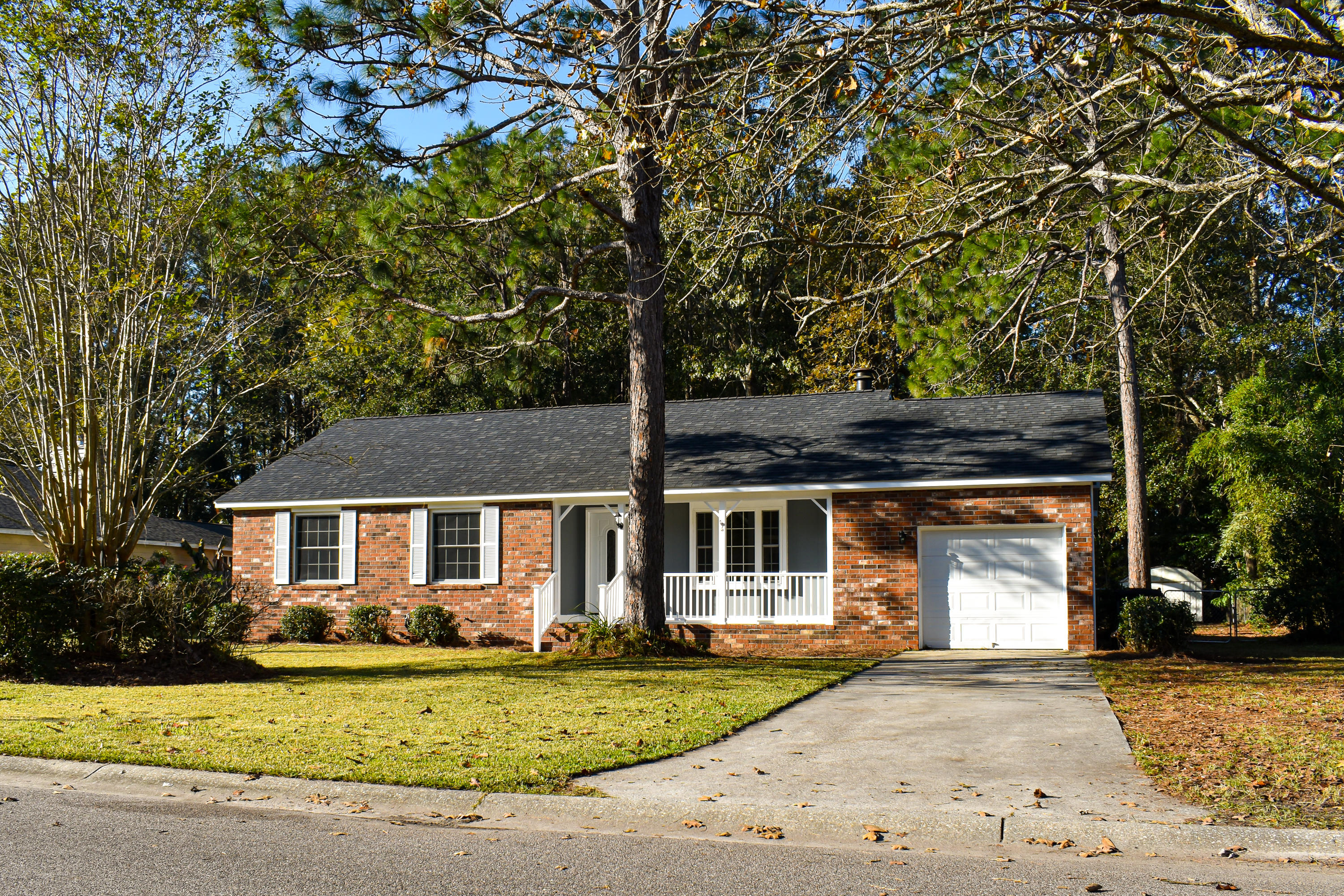 222 Canaberry Circle Summerville, SC 29483