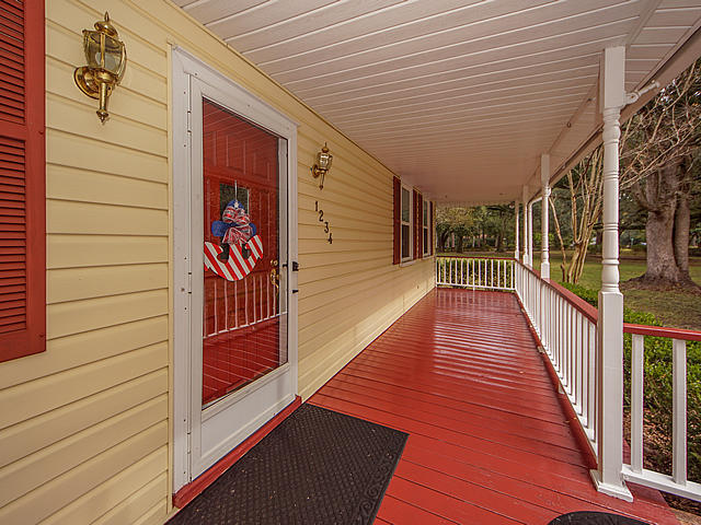 1234 S Main Street Summerville, SC 29483