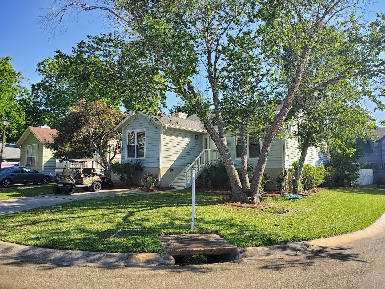 1530 Privateer Drive Mount Pleasant, SC 29464