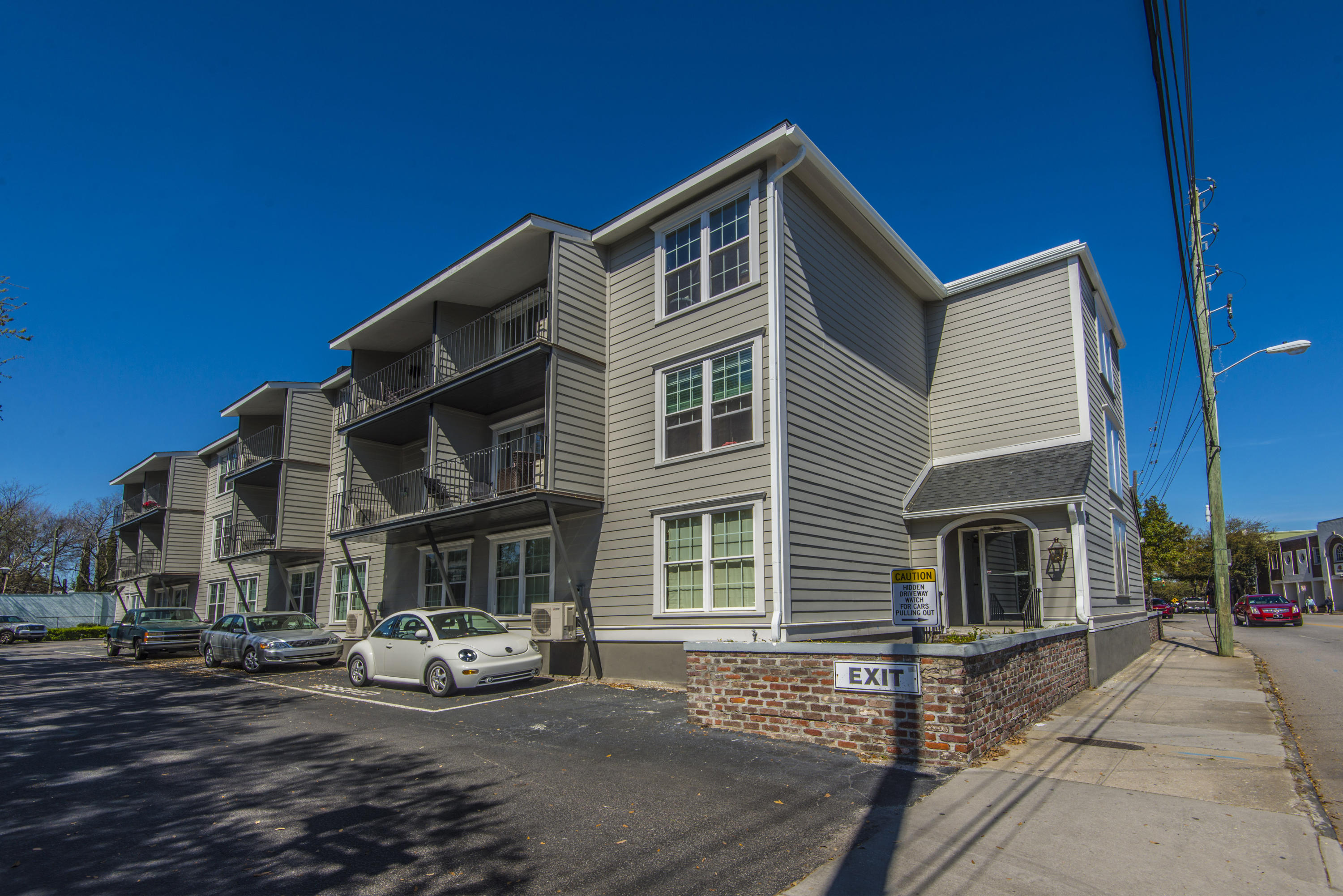 259 East Bay Street UNIT 2 B Charleston, SC 29401
