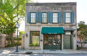 61 Queen Street, B, Charleston, SC 29401