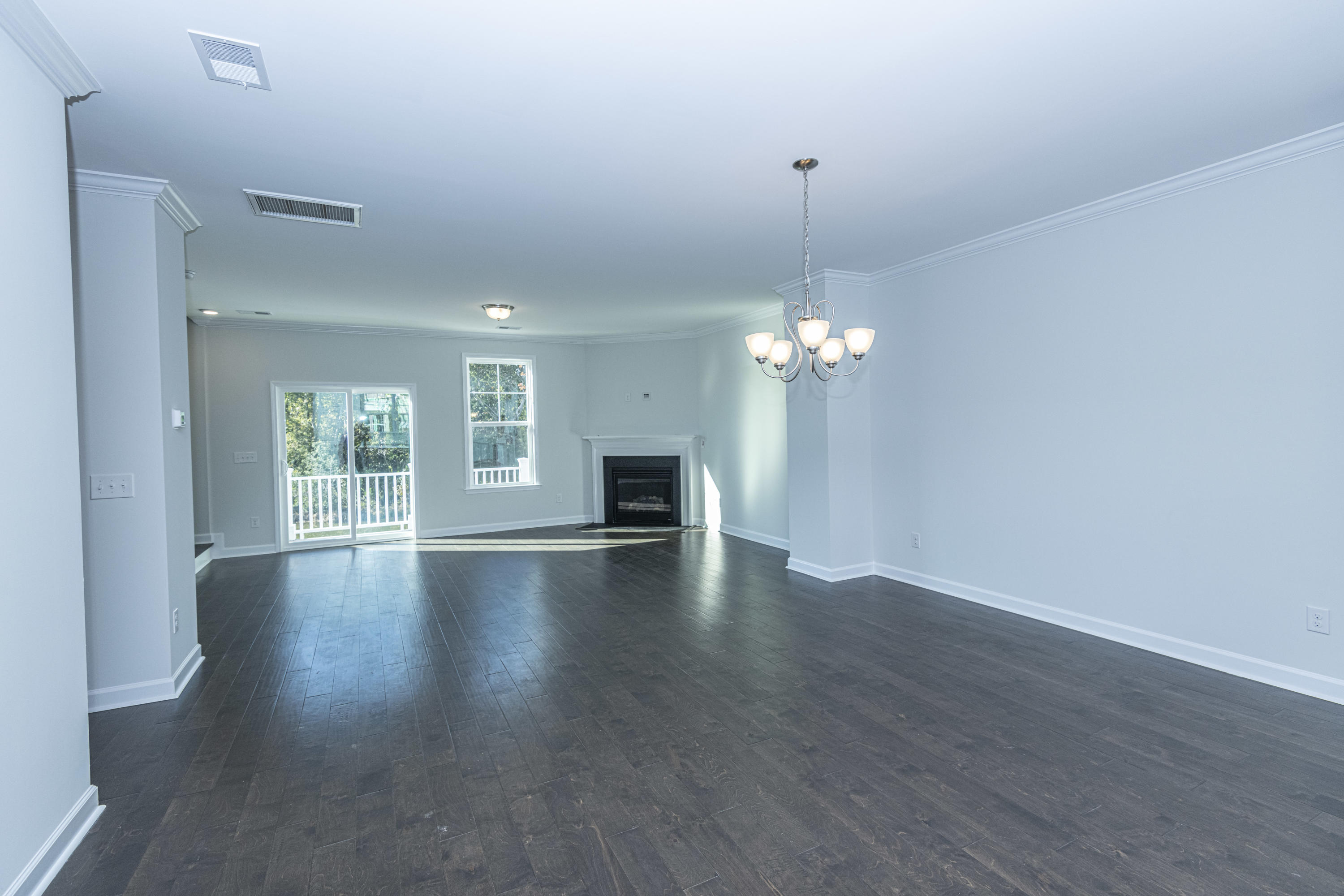 1546 Moss Spring Road Mount Pleasant, SC 29466
