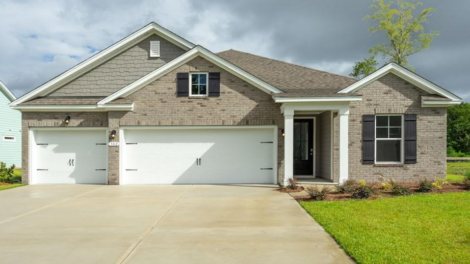 407 Bowstring Drive Huger, SC 29450