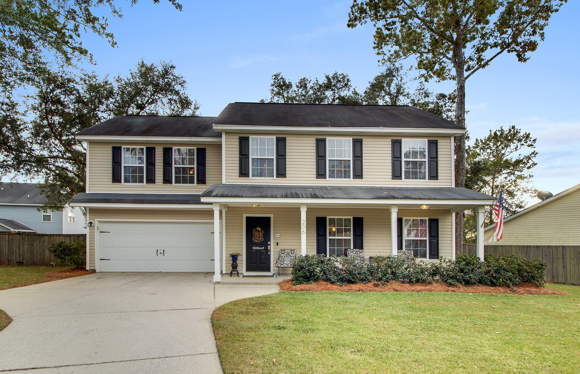 206 Sherwood Court Hanahan, SC 29410