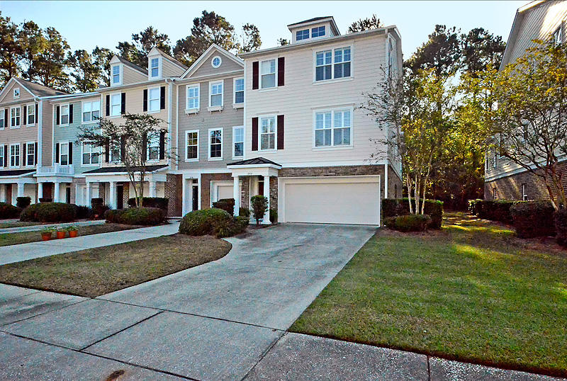 252 Fair Sailing Road Mount Pleasant, SC 29466