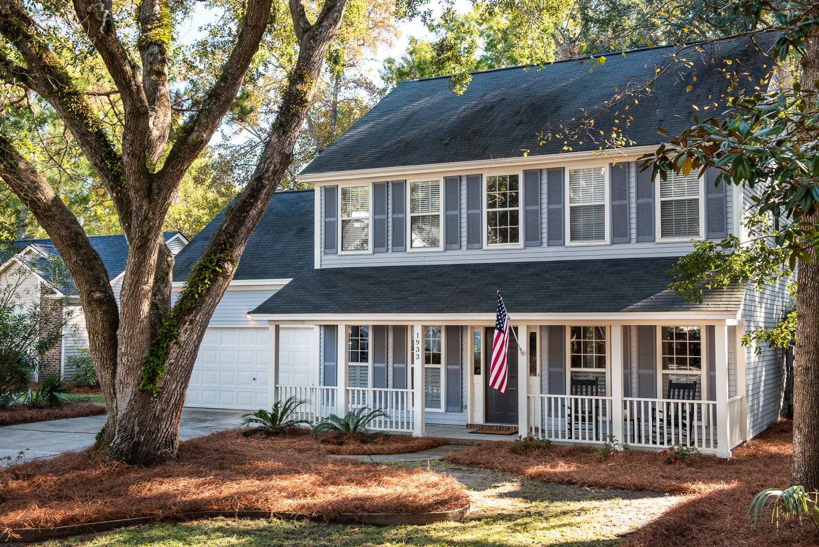 1933 Oak Tree Lane Mount Pleasant, SC 29464