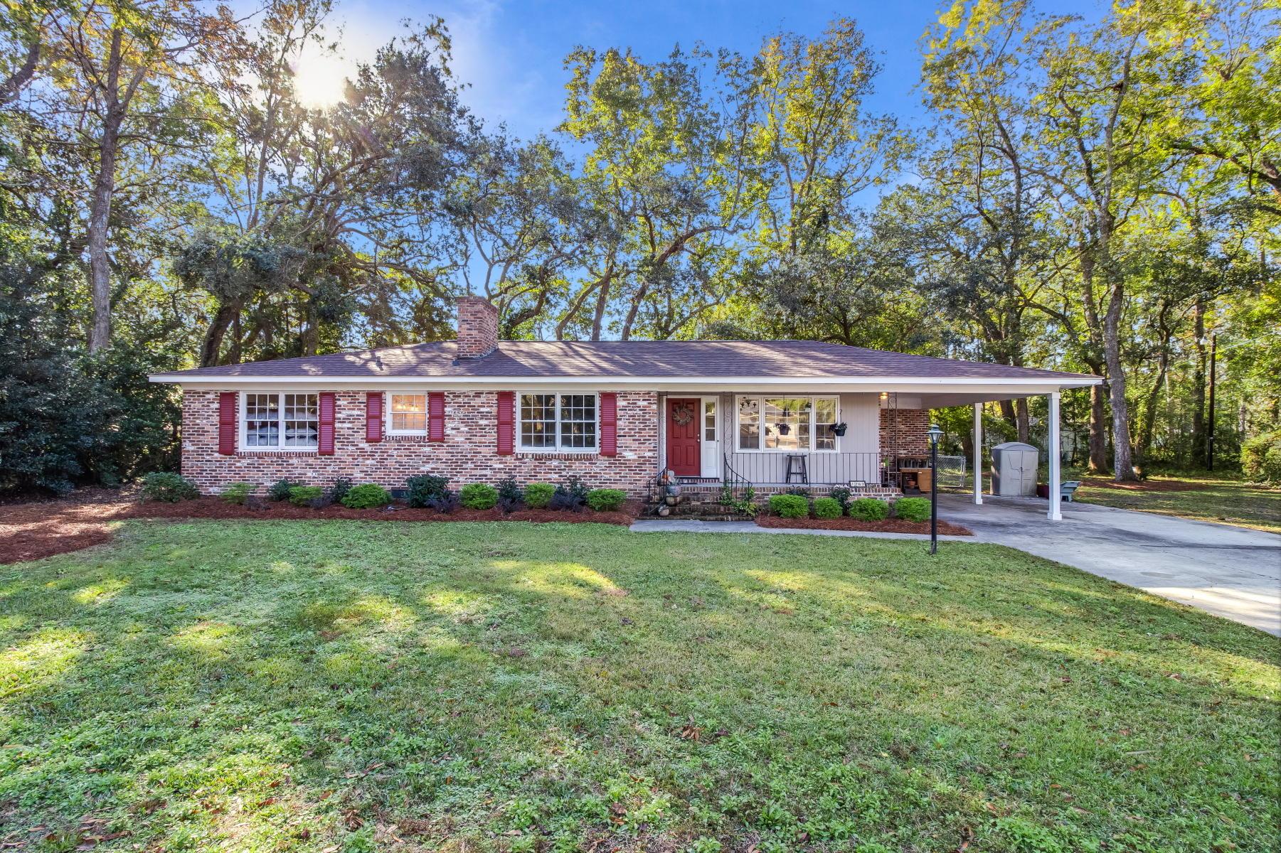 1767 Carlin Avenue Charleston, SC 29412