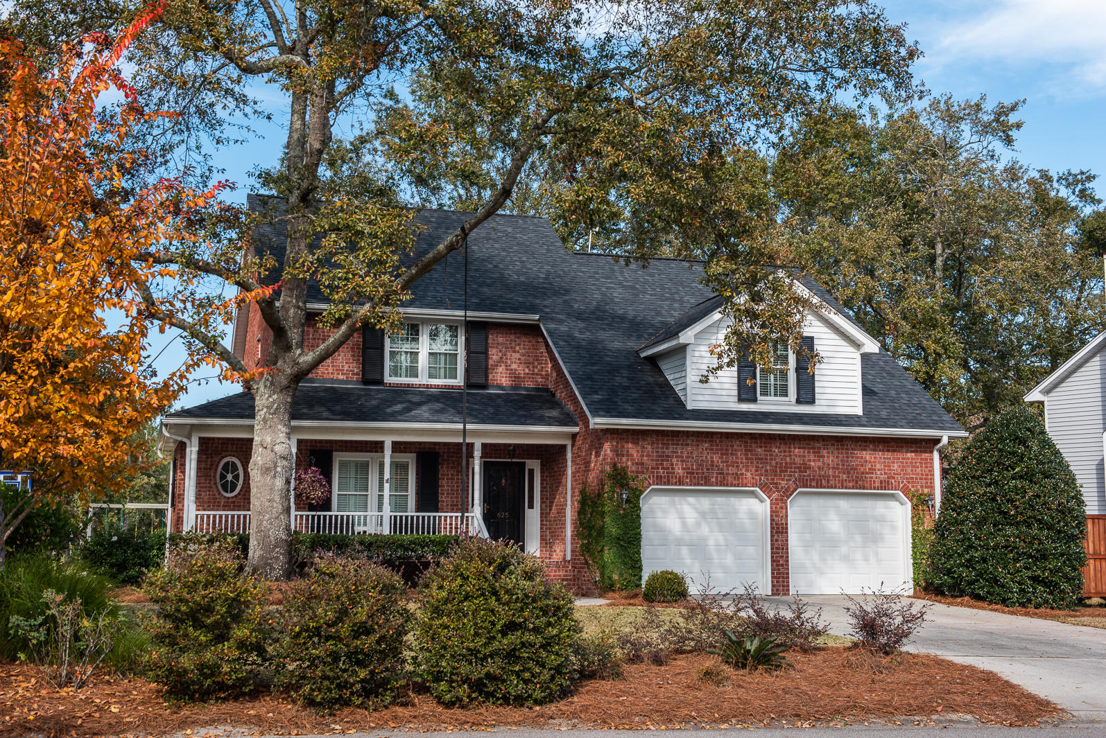 625 Hobcaw Bluff Drive Mount Pleasant, SC 29464
