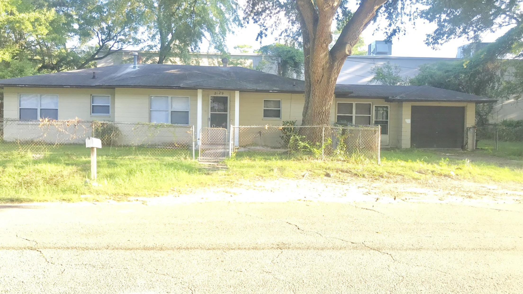 2129 Easy Street North Charleston, SC 29406