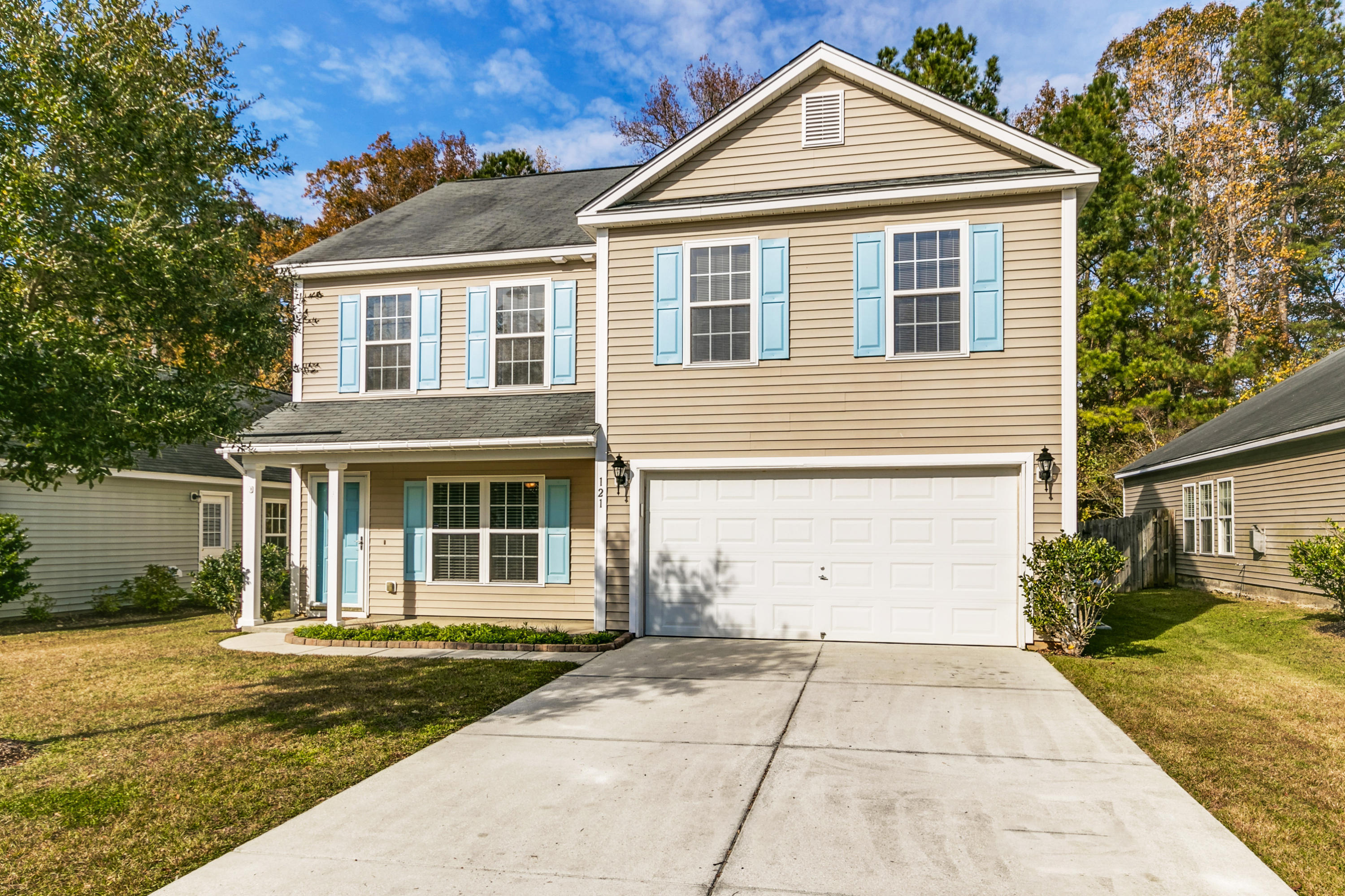 121 Malibu Road Summerville, SC 29483