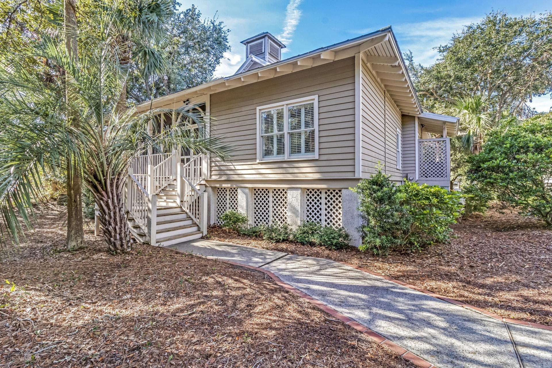84 Seaside Cottage Lane Isle Of Palms, SC 29451