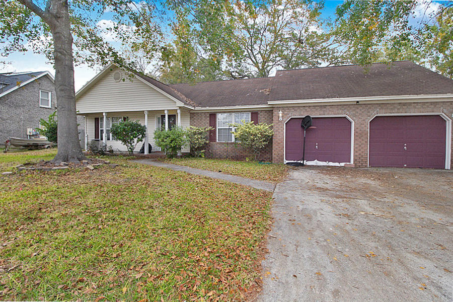 7854 Red Birch Circle North Charleston, SC 29418