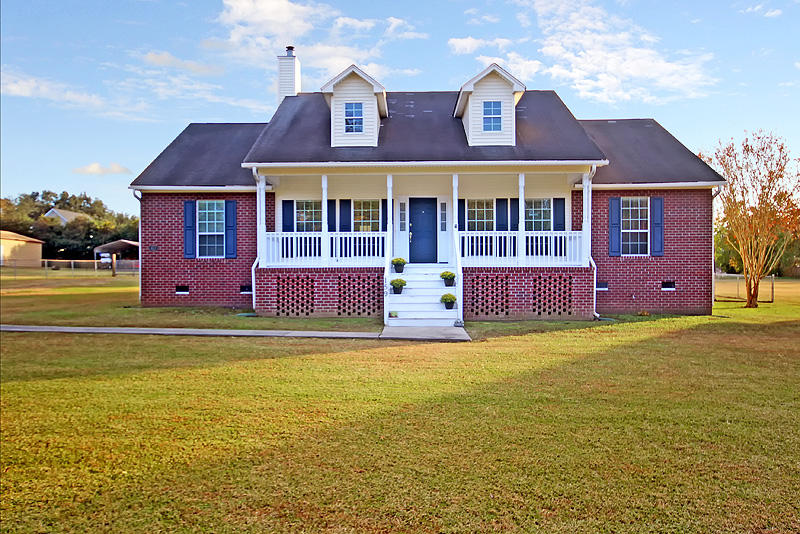 159 Columns Road Summerville, SC 29483
