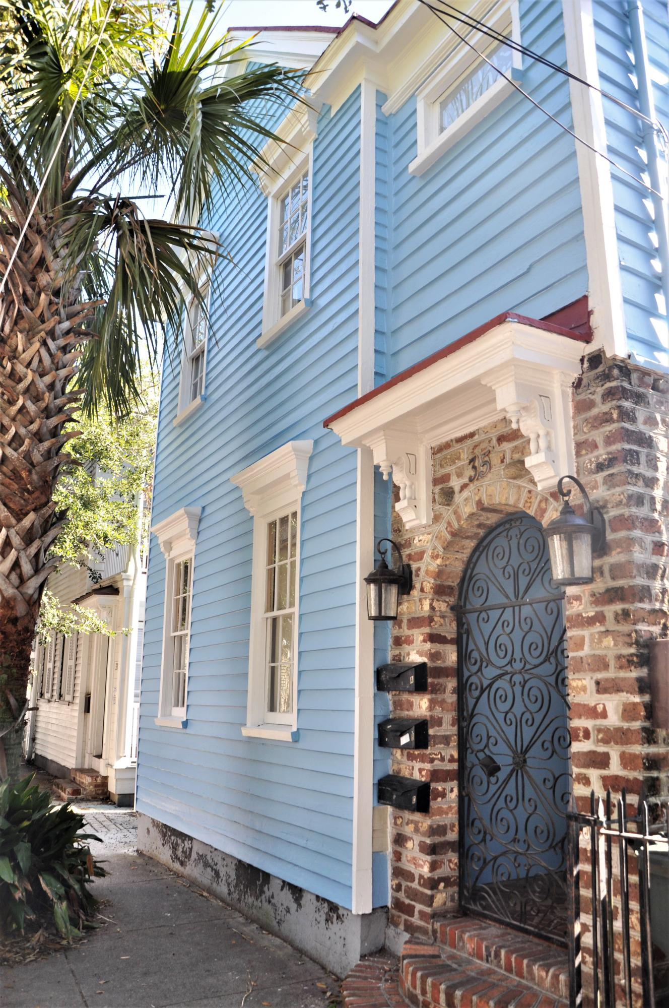 35 Bogard Street Charleston, SC 29403