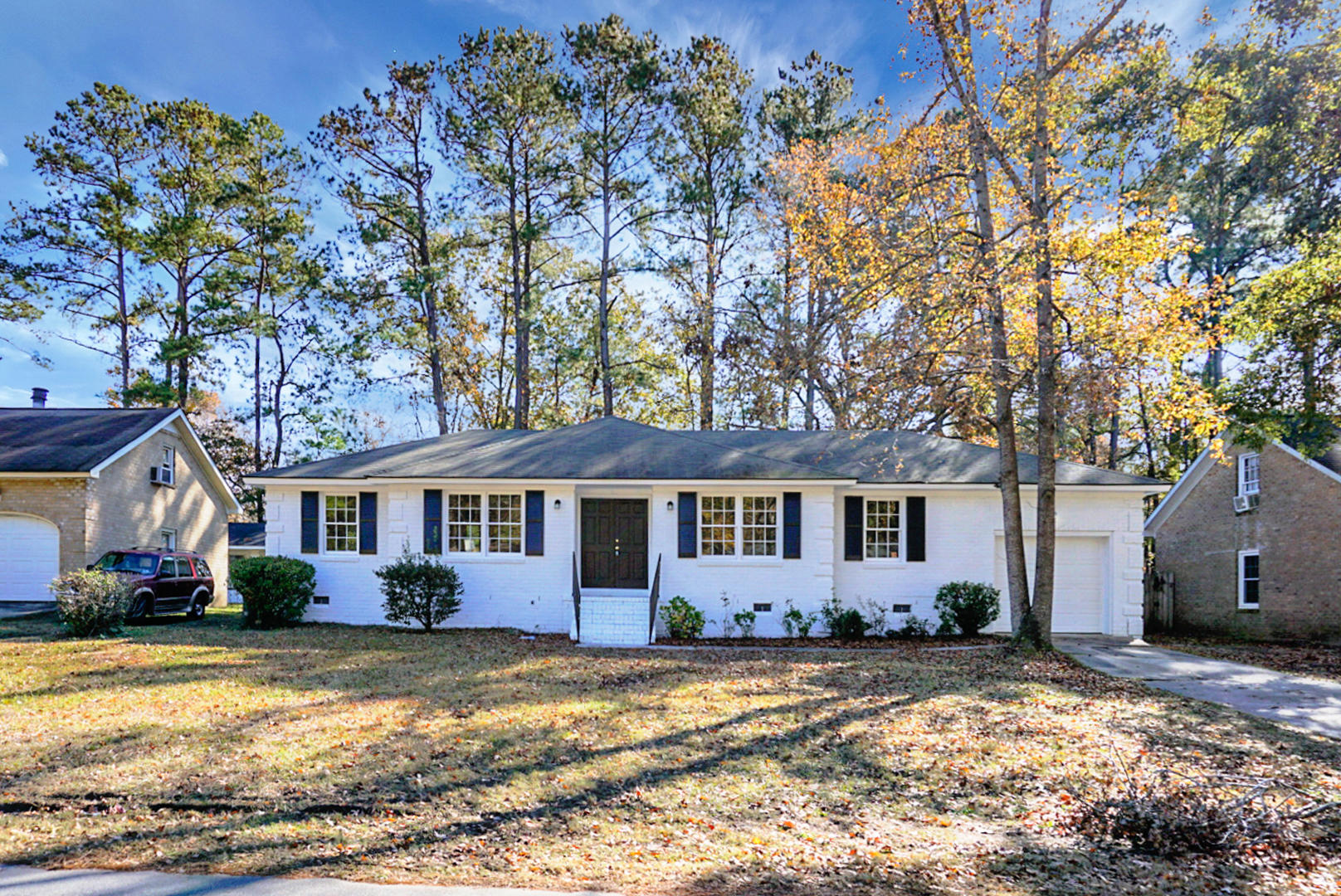 215 Beverly Drive Ladson, SC 29456