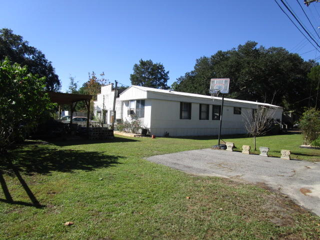 2706 S South Island Rd. Road Georgetown, SC 29440